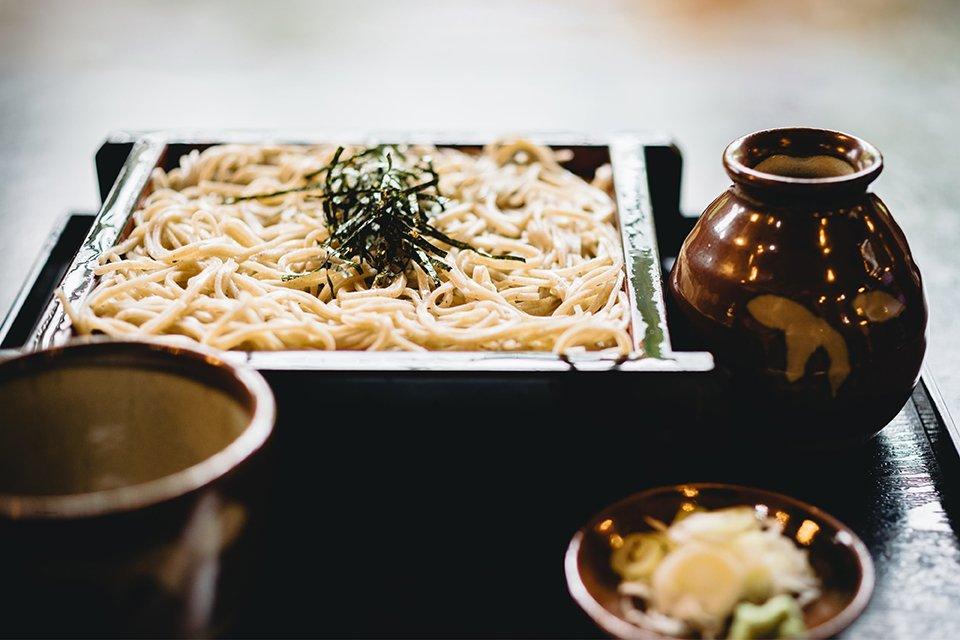 陶瓷食器反映了日本人在飲食文化上的美學追求