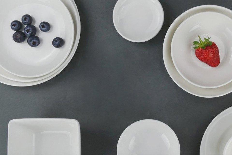 """白釉是瓷器的本色釉,所謂""""單色釉中的單色釉"""""""